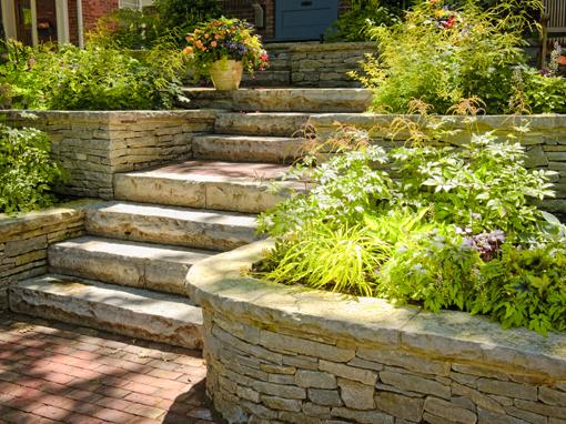 pose installation muret pierre naturelle pave-uni drummondville - Pavage VL